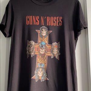Aritzia Tops - ARITZIA graphic shirt